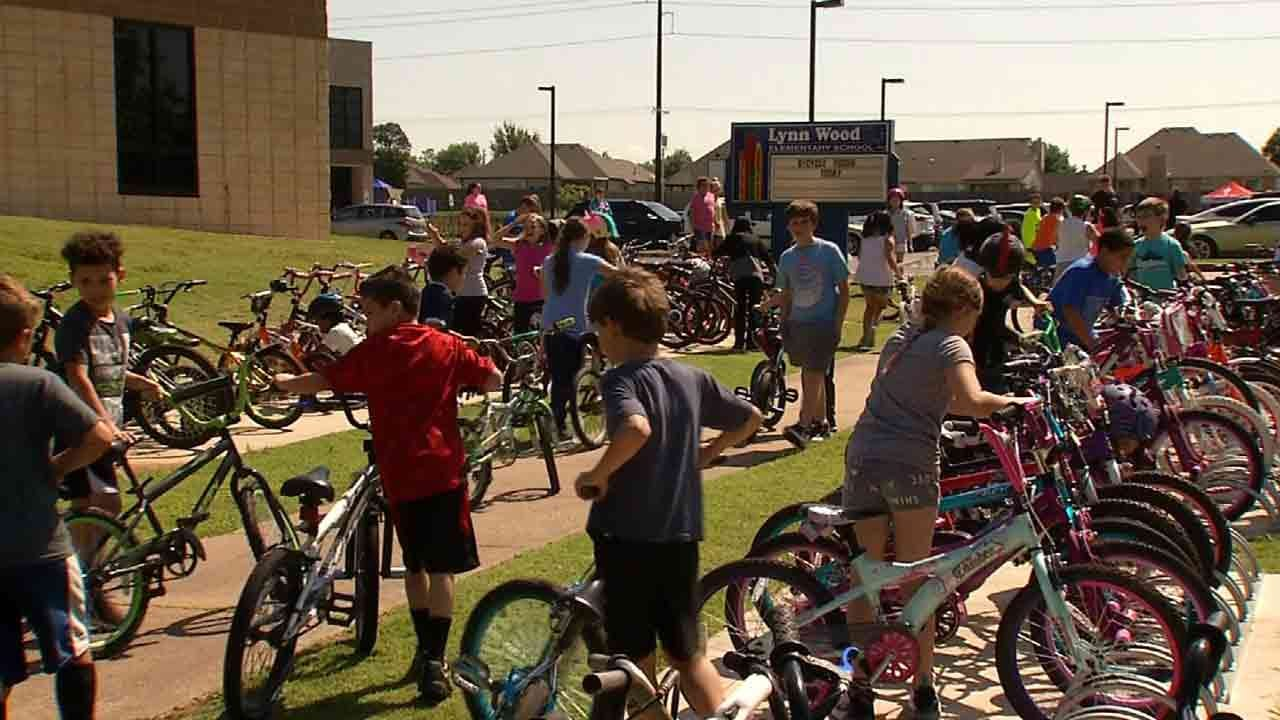 'Bicycle Rodeo Day' Gets Broken Arrow Students Safety Ready