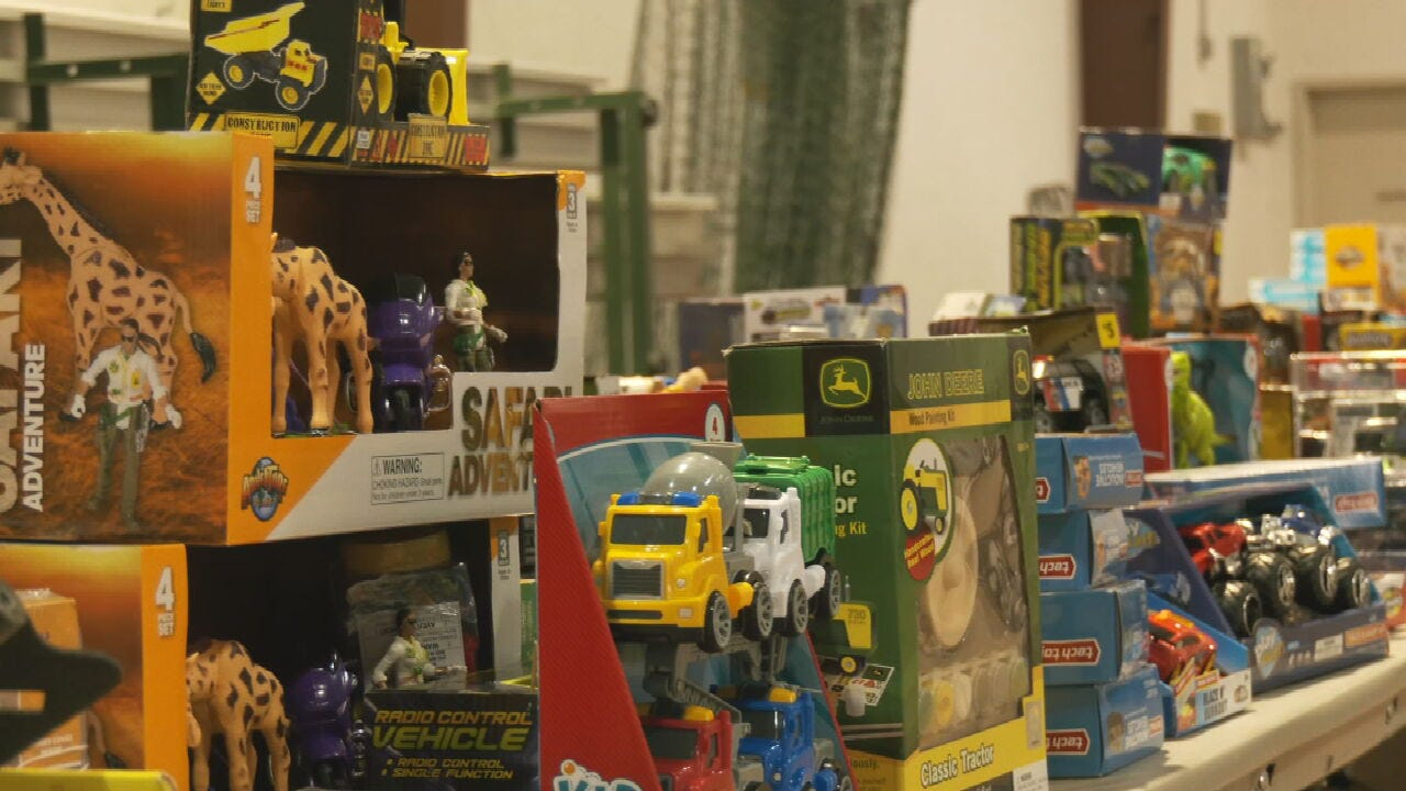 Rogers County Sheriff's Office Hosts Toy Box Giveaway Event