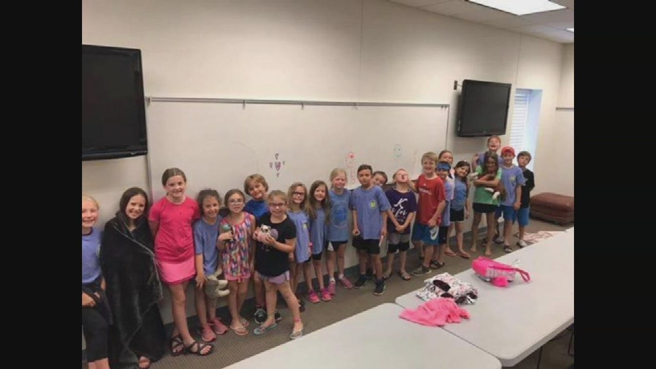 OHP Troopers Help Owasso Church Group After Bus Breaks Down