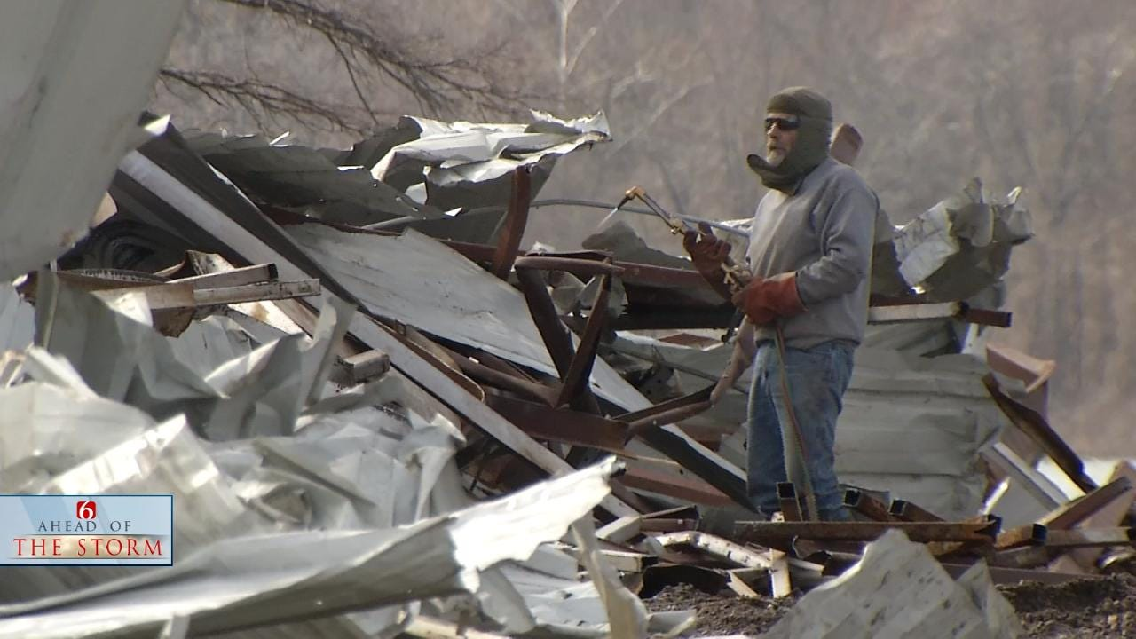 Oklahomans Cleaning Up After Triple Tornadoes At Lake Tenkiller