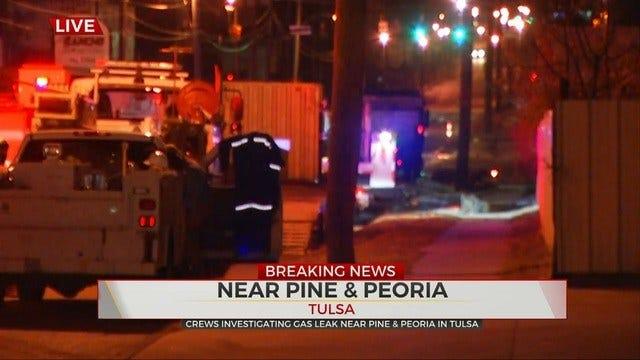 Crews Work To Repair Tulsa Gas Line Break That Closed Road