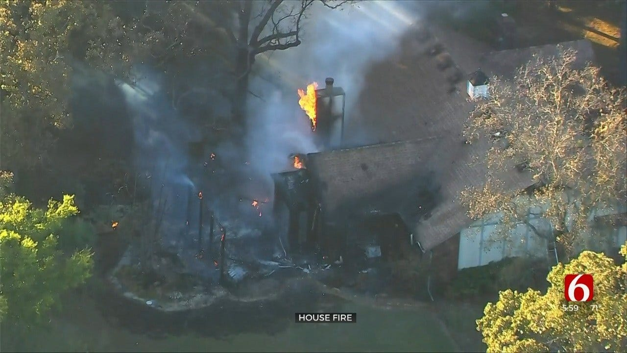 Crews Put Out House Fire Near Sapulpa