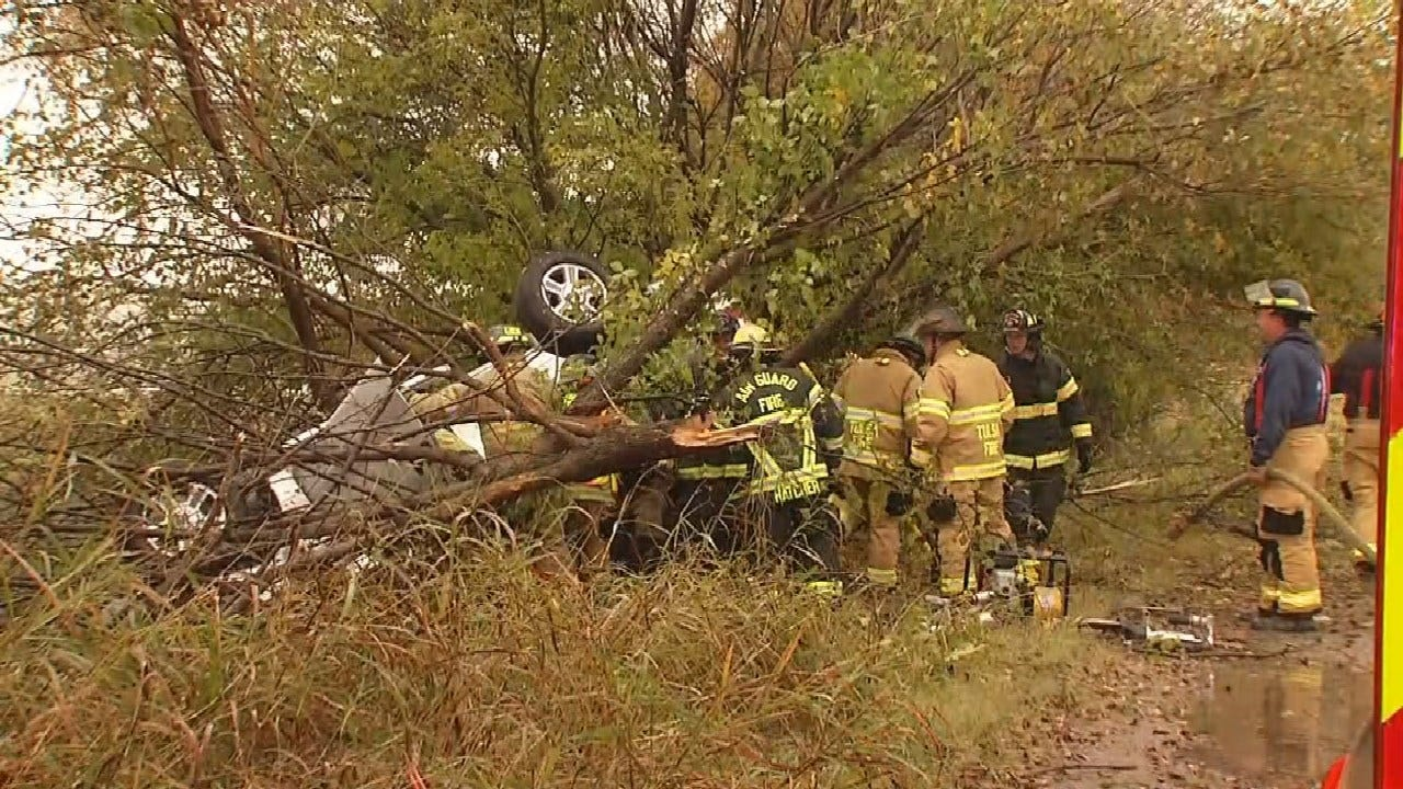 Tulsa Firefighters Free Driver Trapped In Pickup After Crash On Highway 169