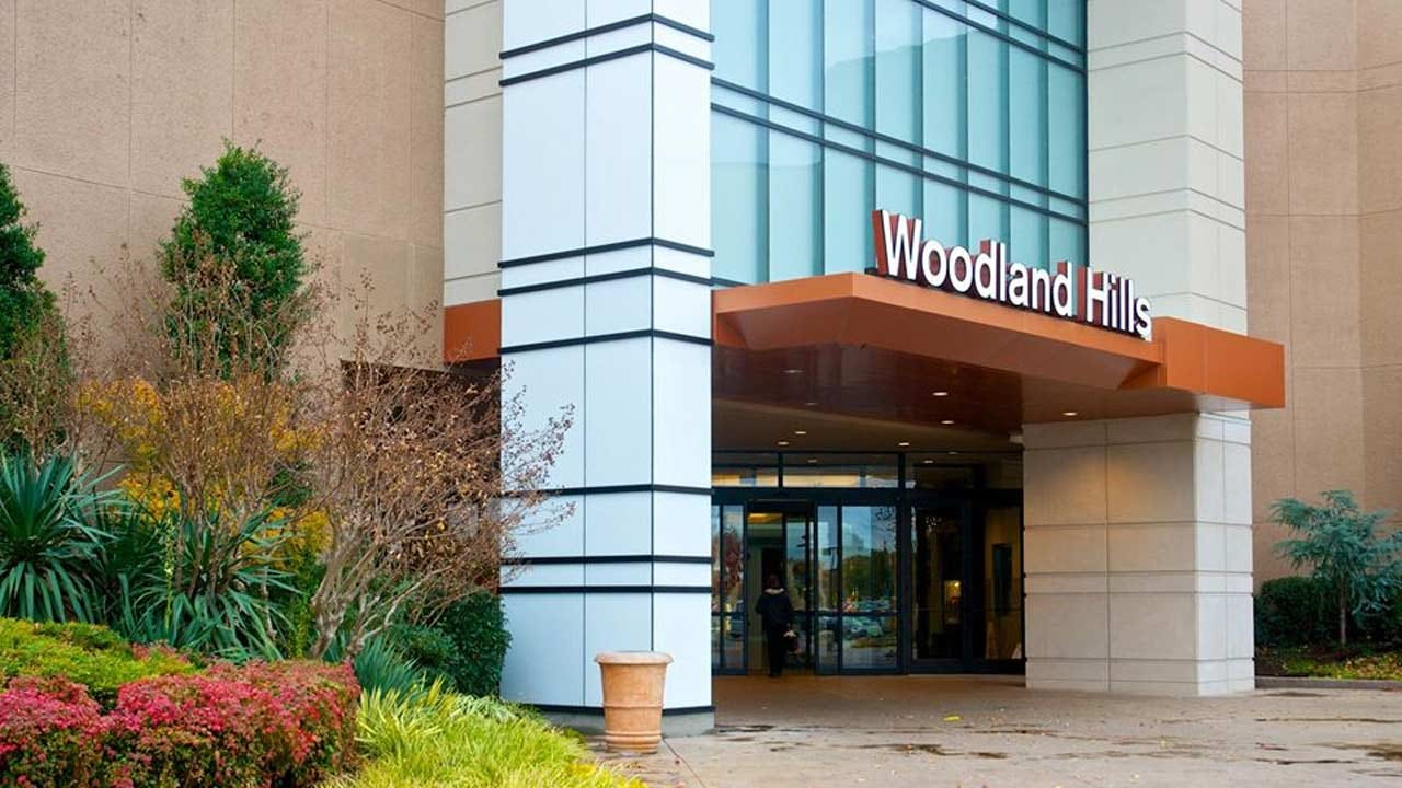 Woodland Hills Mall Closing March 18 In Response To CDC Guidelines