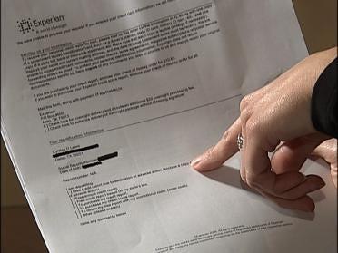 Mistaken identity damages credit report