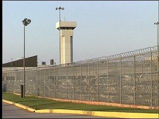 Lawmakers strive to solve prison crisis