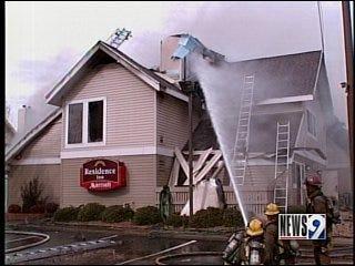 Firefighter injured while battling hotel fire