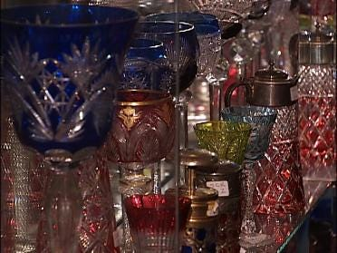 International collectors bid on Oklahoma antiques
