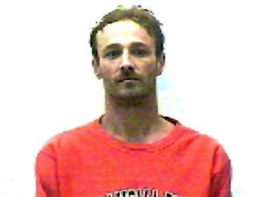 Three convicts escape Kay County jail