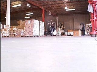 Relief efforts begin trucking to Picher