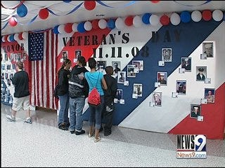 Del City middle school recognizes veterans