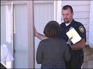 Family, investigators search for Del City woman