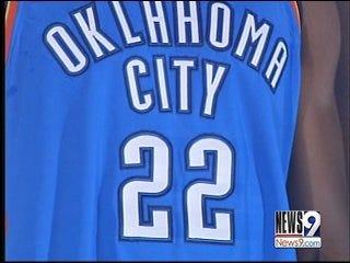 Thunder 'flashes' new uniforms