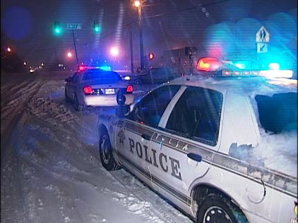 Blizzard Paralyzed Oklahoma As Vehicles Abandoned On Roadways