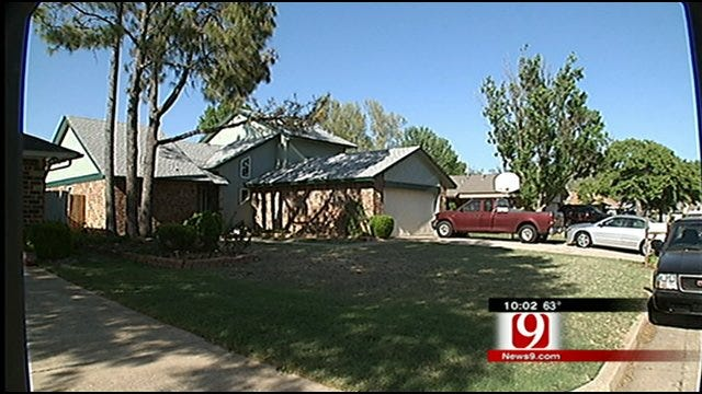 Lost 4-year-old Girl Shows Up At Midwest City Home At 3 AM