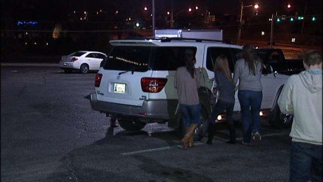 Four Female Softball Players Catch Tulsa Man Breaking Into Their SUV