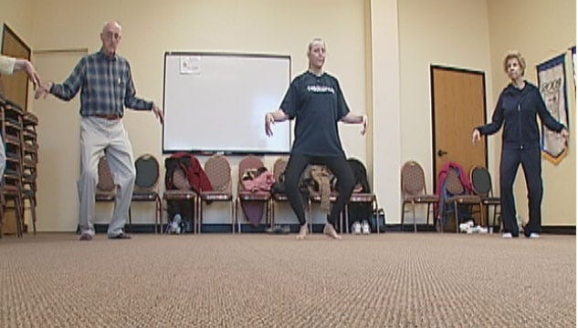 Seniors Using Tai Chi To Stay Balanced, Sharp