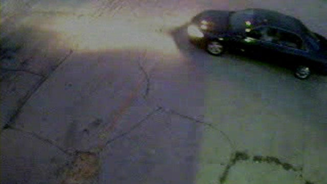 OKC Police Seek Two Suspects In Auto Burglary