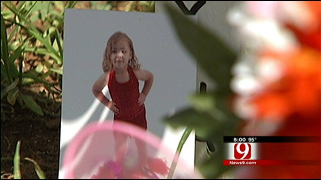 Vigil Held For Murdered 5-Year-Old Girl In OKC