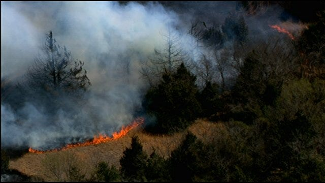 Wildfire Breaks Out Near Shawnee, 2 Homes Destroyed