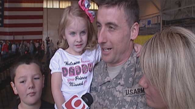 "Oklahoma Soldiers Get An ""All-Star"" Welcome"