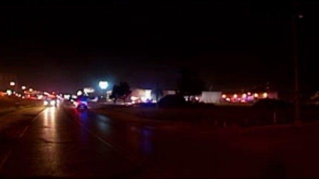 Crews Extinguish 3-Alarm Commercial Fire In Southwest OKC