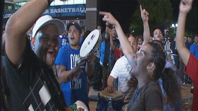 Thunder Fan Momentum Builds For Game Two