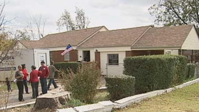 Oklahoma Veteran Receives Keys To Newly Renovated Home