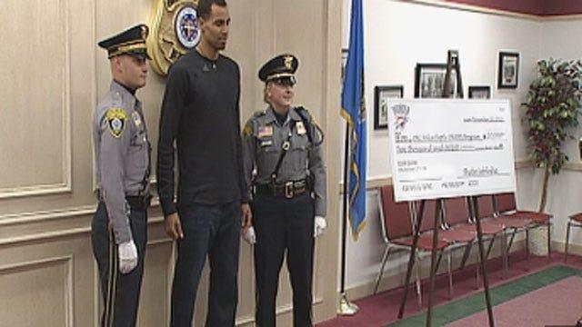 Thunder Player Thabo Sefolosha Donates $10K To OKC Police