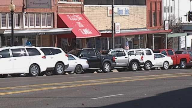 Oklahomans Encouraged To Shop Small During Holiday Season