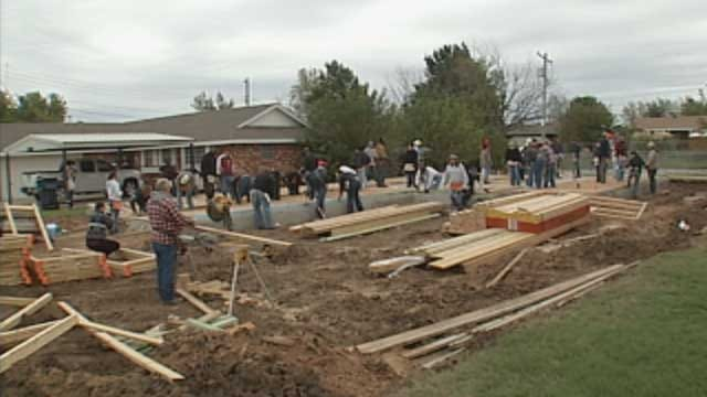 Family Of OKC Couple Killed In House Fire Donates Land To Habitat For Humanity
