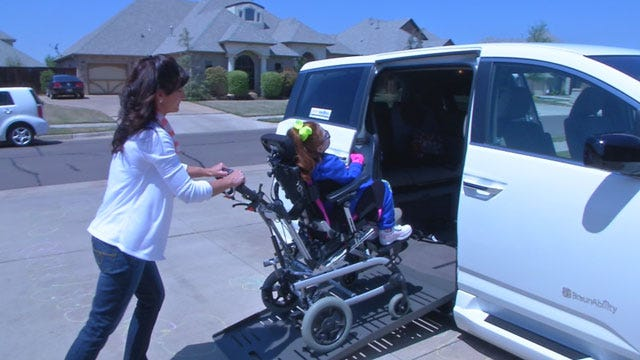 Metro Girl In National Contest Receives Donated Specialized Van