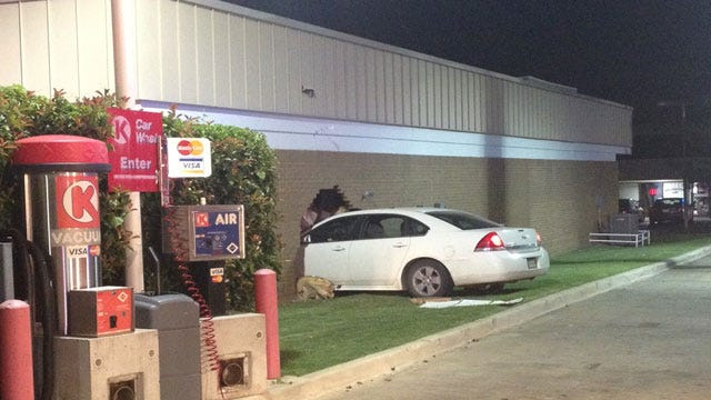 Car Crashes Into Chase Bank In NW OKC, Causes Gas Leak