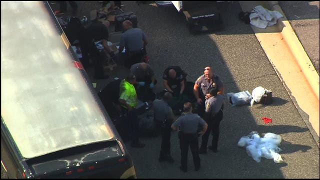 11 Arrested, Including Rapper 2 Chainz, After OKC Police Stop Tour Bus