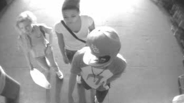 Suspects Swipe Cell Phone From Car In Del City