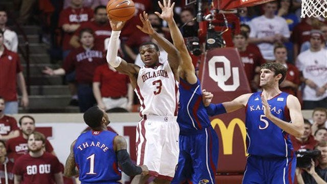Sooners Squash Frogs; Lose Hield To Injury