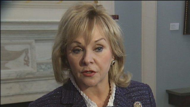 Gov. Fallin Reacts To Executive Order On Gun Control