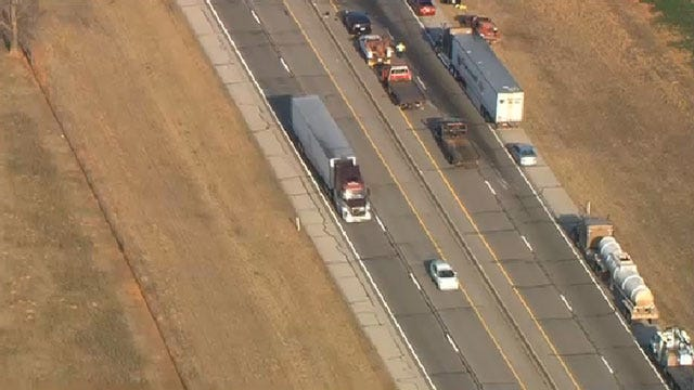 One Killed, 6 Injured In Multi-Vehicle Crash On I-44 Near Wellston