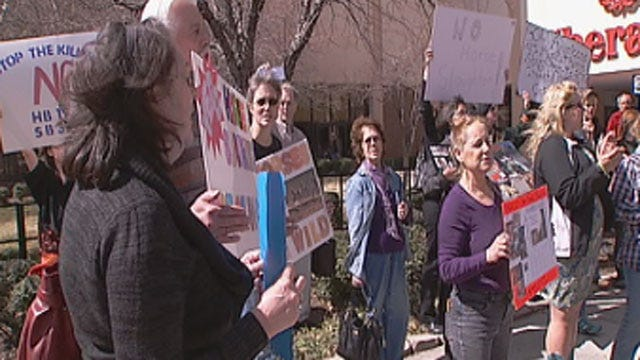 Horse Advocates Rally Against Horse Slaughtering Plan In Oklahoma