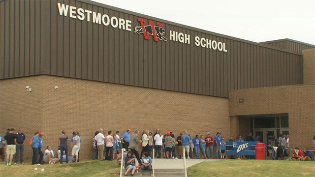 OKC Thunder Holds Scrimmage In Moore, Announces New Basketball Facility For District