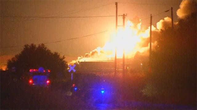 Fire, Explosions At Danlin Chemical Plant Near Thomas