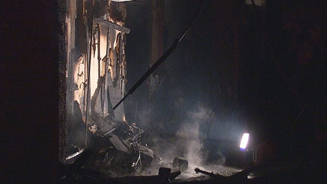 Six Escape Burning House In Southeast OKC