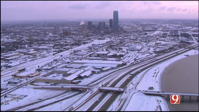Snow Falls Across Central Oklahoma Thursday Morning