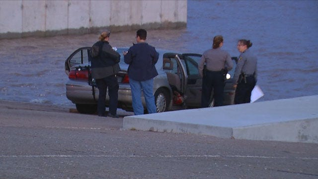 Body Discovered In Car Submerged In Lake Stanley Draper