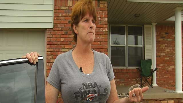 Shawnee Mother Fights Off Suspected Carjacker In Homeland Parking Lot