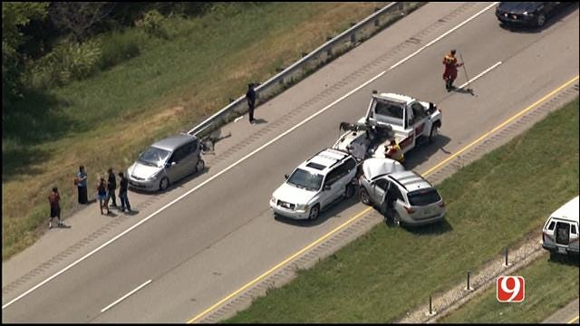 I-35 SB Near Purcell Back Open Following 4-Car Collision