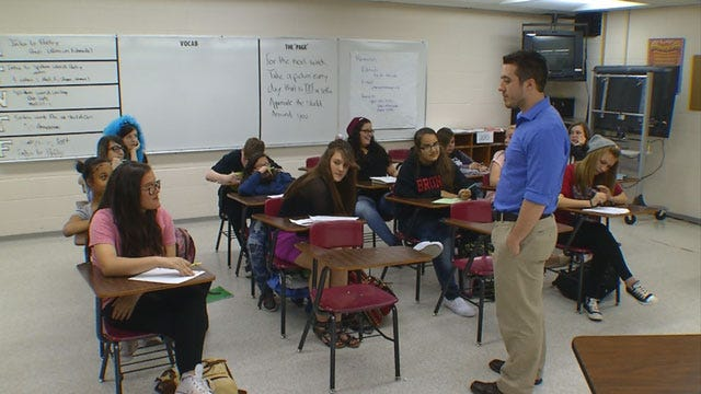 Mustang Students Make Video To Encourage Sick Teacher