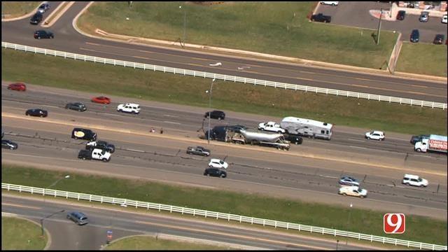 Separate Crashes Slow Traffic On NB I-35, SB I-235