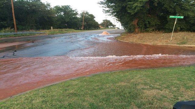 TRAFFIC ALERT: Large Water Main Break Shuts Down OKC Streets