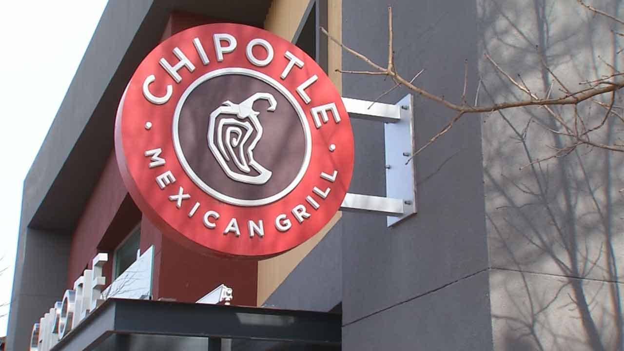 CDC Investigating E. coli Outbreak At Chipotle, 3 Oklahomans Sickened